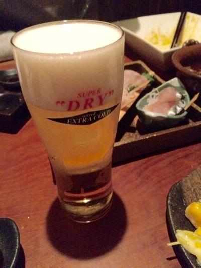 友人と飲むビールは格別です。